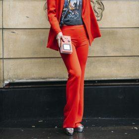 Pantaloni a zampa donna