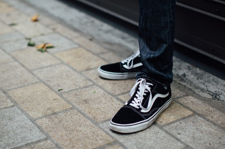 Uomini, ecco cosa pensiamo delle vostre scarpe