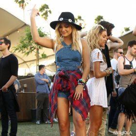 Ottiene un look di festival al migliore stile di Coachella