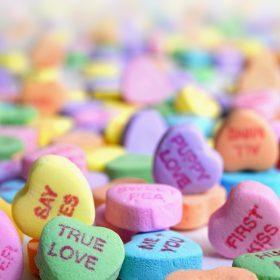 San Valentino: le migliori idee regalo per lei e per lui