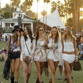Summer festival: cosa indossare nella stagione dei festival