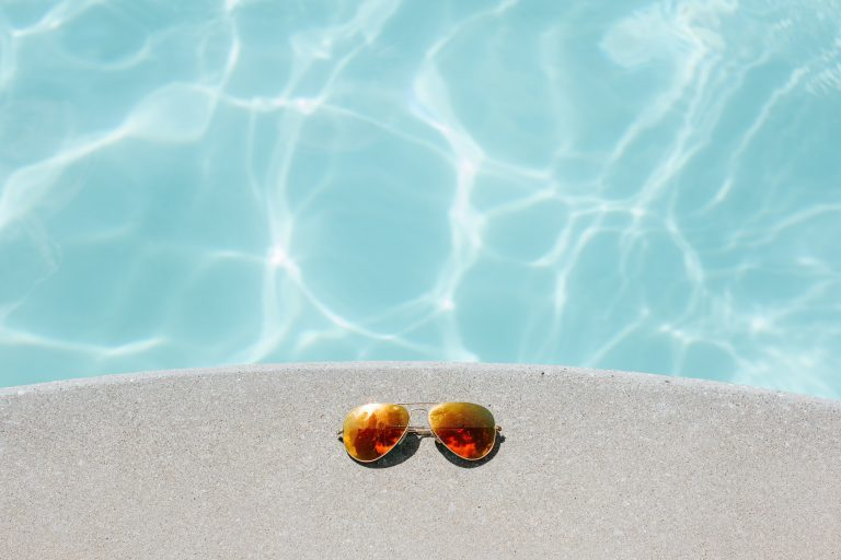 Pool party...come vestirsi per una festa in piscina