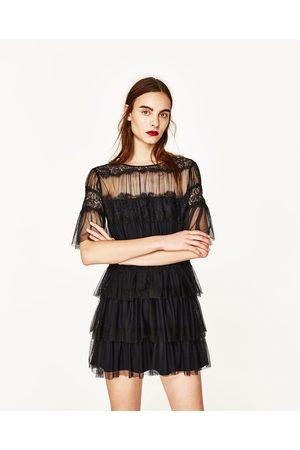 vestito pizzo nero zara i vestiti sono popolari in tutto il mondo. Black Bedroom Furniture Sets. Home Design Ideas