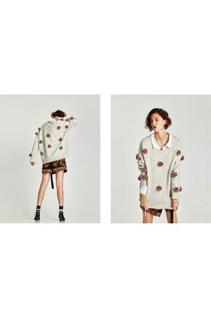 Zara PULLOVER OVERSIZE POMPON - Disponibile in altri colori