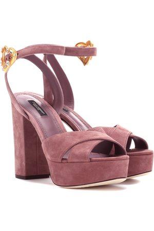 Dolce   Gabbana Esclusiva per Mytheresa - Sandali in suede con plateau . 89c4f56d7d0