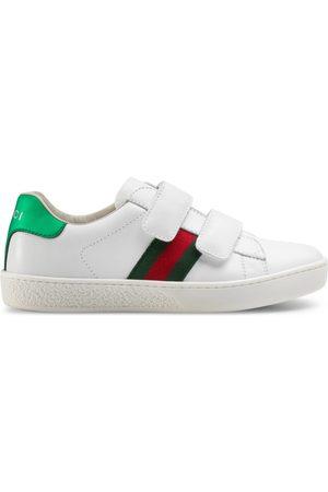 Gucci Sneaker Ace in pelle con nastro Web