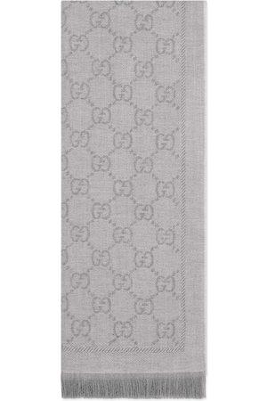 Gucci Donna Sciarpe - Sciarpa in lana GG jacquard ec780f2d3c3c
