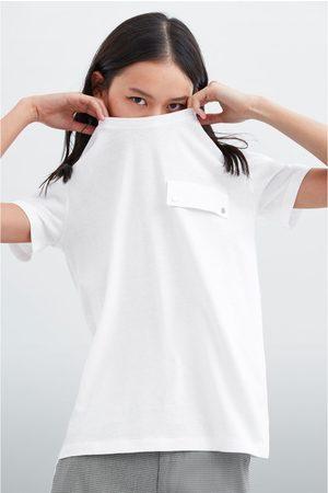 Zara Maglietta con patta con applicazioni