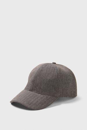 Zara Cappello struttura spigata