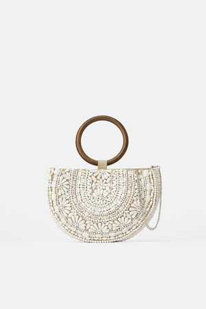 Zara Borsa a tracolla ovale in fibra naturale con perline