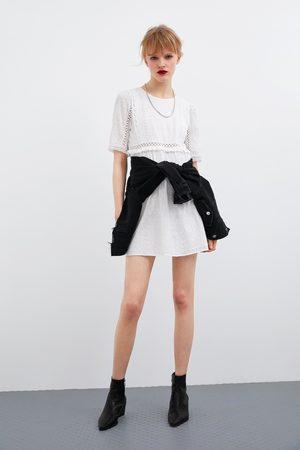 Zara Vestito traforato ricamato