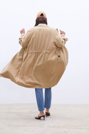 Zara Trench morbido con tasche