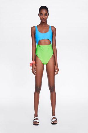 Zara Costume color block