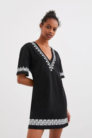 Zara Donna Vestiti stampati - Vestito ricamato