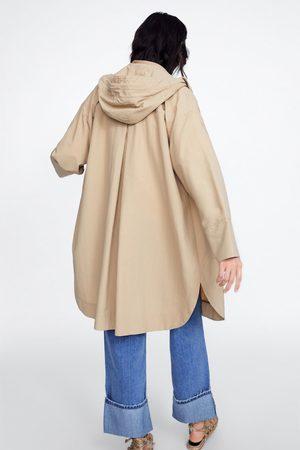 Zara Giubbotto leggero con cappuccio
