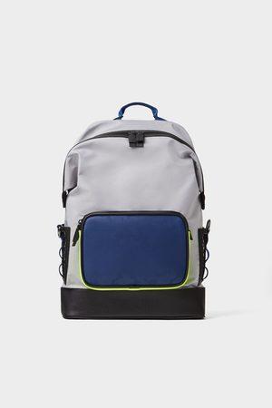 681d7c2f52 Conveniente: Zara Uomo Borse Acquista abbigliamento | FASHIOLA.it