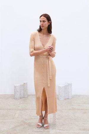Zara Vestito in maglia con cintura