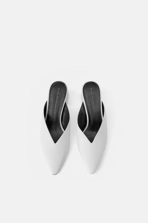 Zara Mules con tacco e scollo