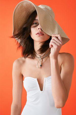 Zara Costume a fascia con volant
