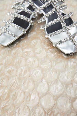Zara Sandali bassi con gioielli