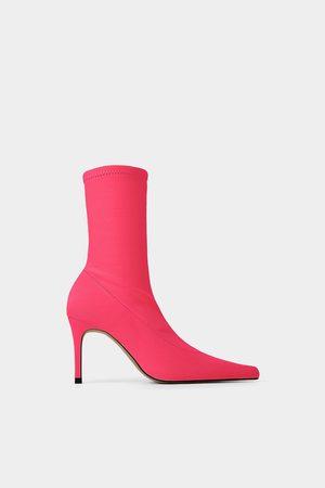 Zara Stivaletti a calzino con tacco modello fosforescente