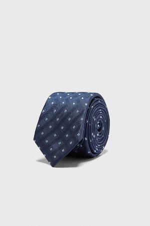 Zara Cravatta larga jacquard rombi