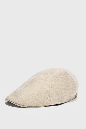 Zara Cappello struttura lino