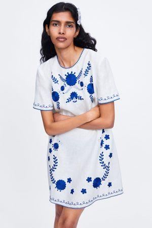 Zara Vestito con ricami in lino