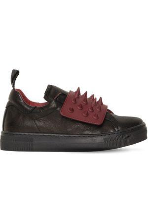 AM 66 Sneakers In Pelle Con Borchie