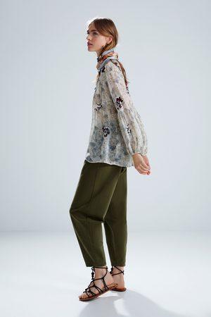 Zara Donna Bluse - Camicetta con ricami e stampa floreale