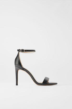 Zara Sandalo tacco pelle