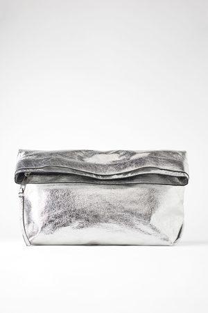 Zara Maxi clutch metallizzata