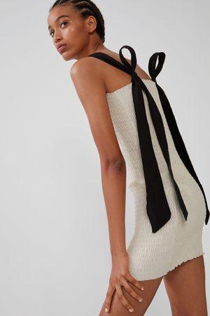 Zara Vestito elastico con fiocco