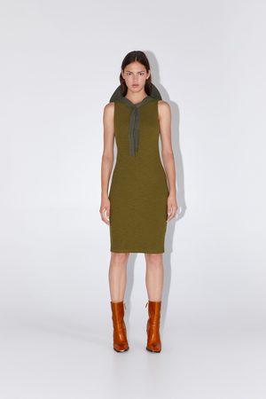 Zara Vestito tubino texture