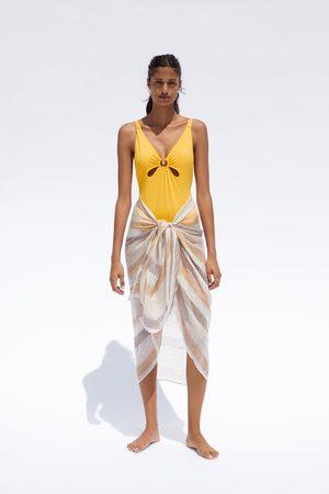 Zara Costume dettaglio anello