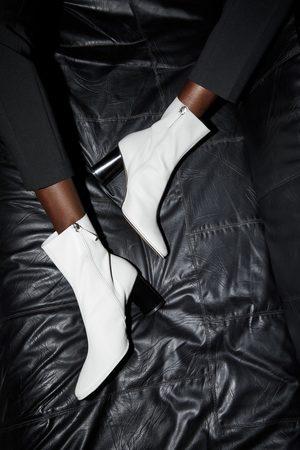 Zara Stivaletti con tacco in pelle guardolo
