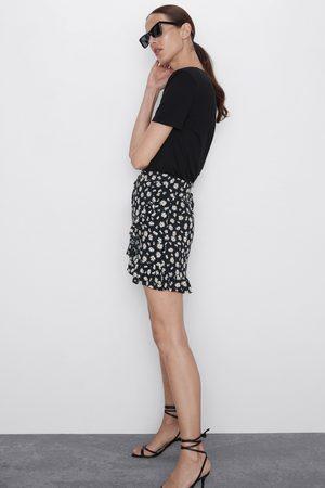 Zara Donna Pantaloncini - Bermuda stampa margherite