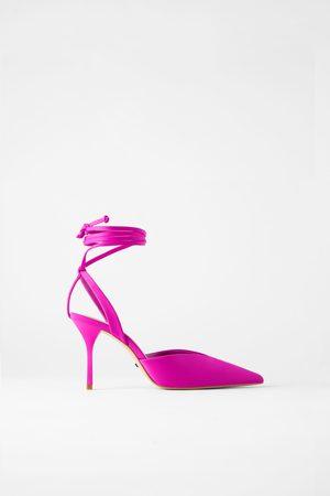 Zara Scarpe con tacco e scollo