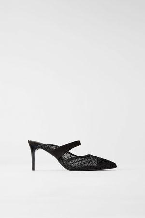 Zara Mules con tacco in rete e fascetta