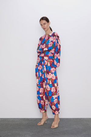 Zara Pantaloni con stampa floreale e cintura