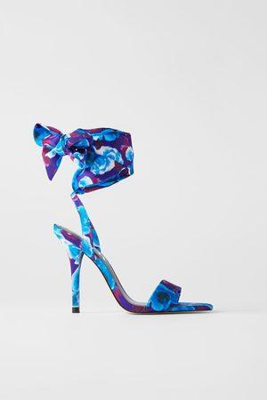 Zara Sandali tacco stampa floreale