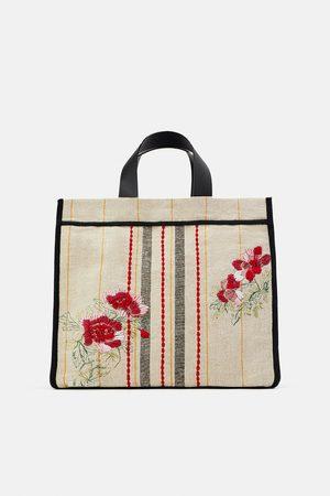 Zara Borsa shopper in tessuto con ricamo