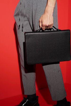 Zara Cartella elegante nera