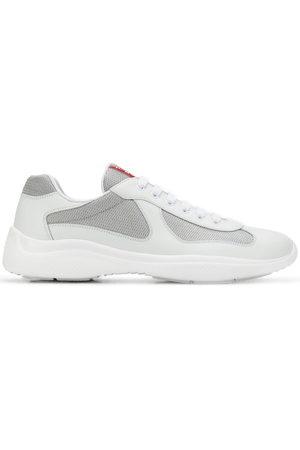 Prada Sneakers con pannelli a rete