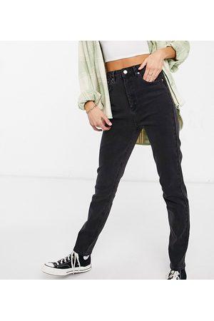 ASOS ASOS DESIGN Tall - Farleigh - Mom jeans vita alta slim slavato