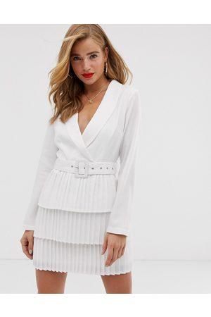 In The Style X Dani Dyer - Vestito blazer con scollo profondo e gonna a pieghe