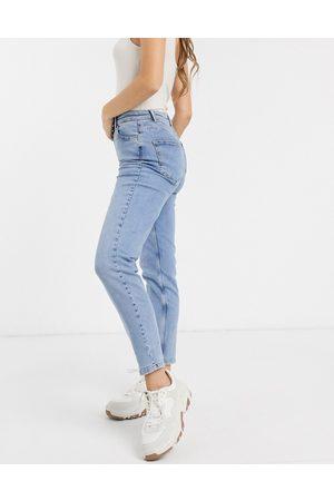 Pieces Mom jeans a vita alta azzurri