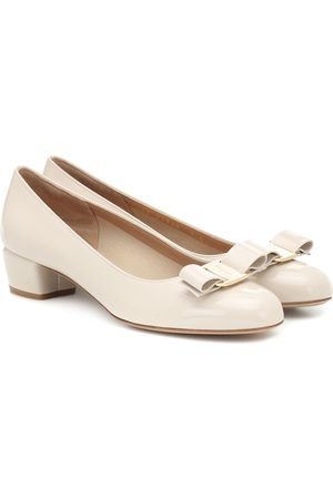 Salvatore Ferragamo Pumps Vara in vernice