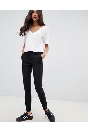 New Look Pantaloni slim neri