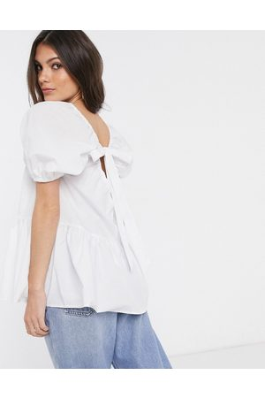 ASOS Top in cotone con balza